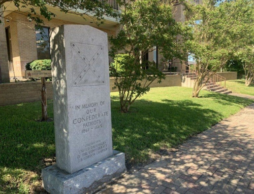 Walker County commissioners vote to keep Confederate monument at courthouse